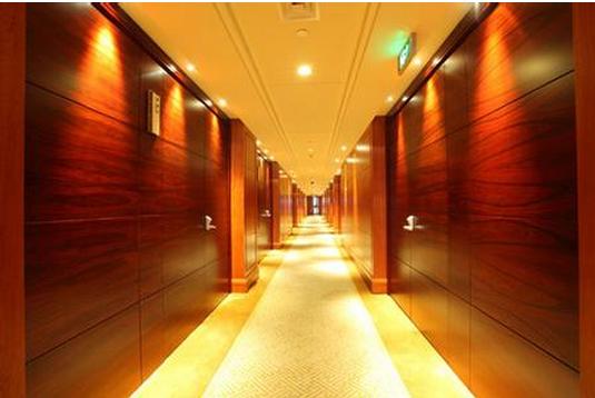 木饰面材料为什么大受酒店设计的欢迎